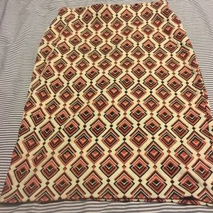 Stretchy Unique Patterned Pencil Skirt